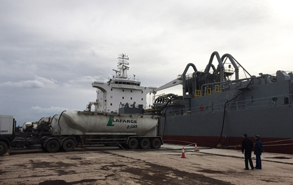 Lafarge Oggaz sends first cement exports from Arzew port